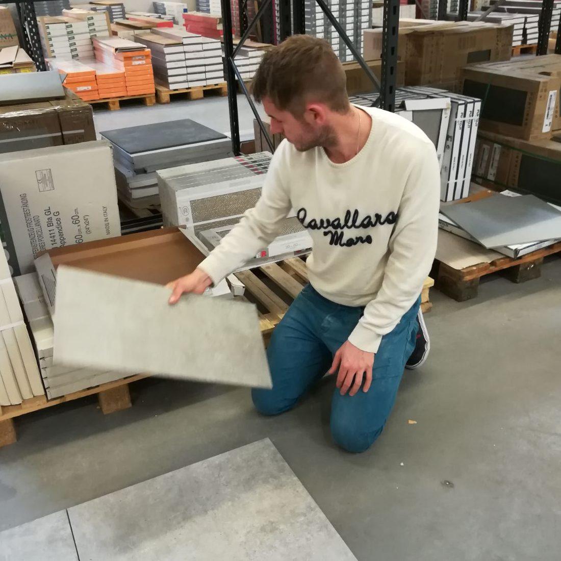 Tegelzetbedrijf Bob Annegarn kan advies geven bij de aanschaf van nieuwe tegels!